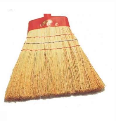 Attrezzature per la pulizia attrezzature scope cod for La scopa di saggina